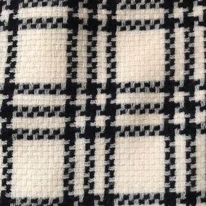 Anne Klein 100 % wool skirt.  Pre-owned.